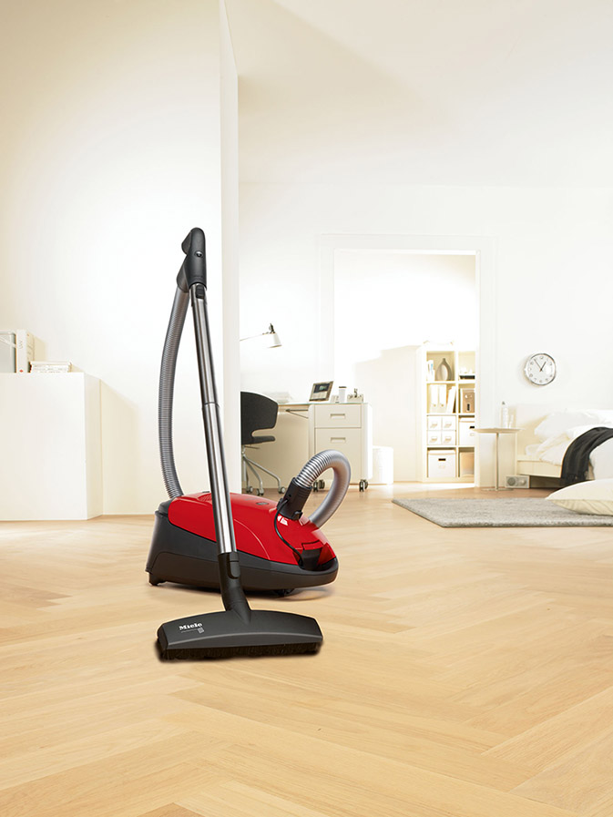 Miele_Canister_Vacuums_S2_Titan