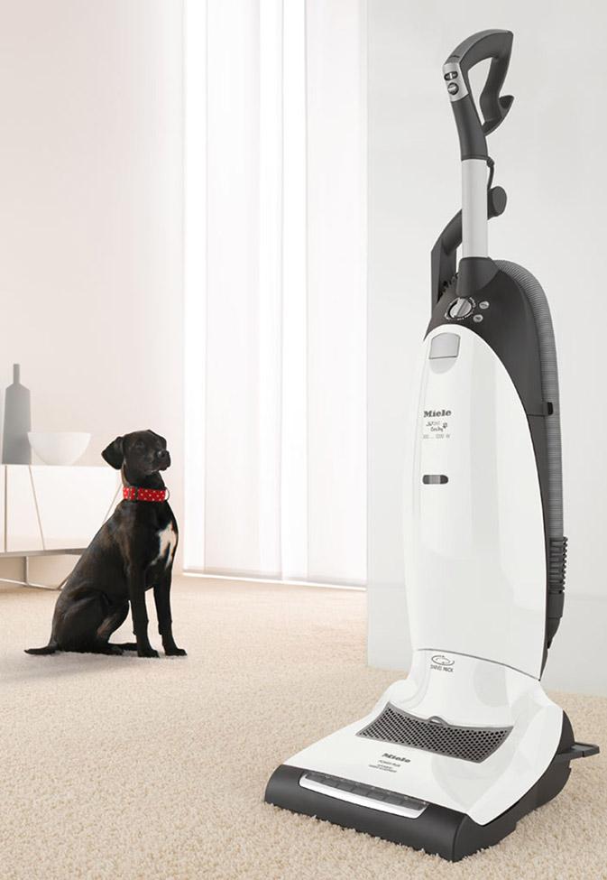 Miele_Upright_Vacuums_CatandDog