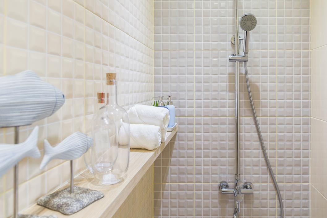 Coles Fine Flooring | Small Bathroom Design Ideas