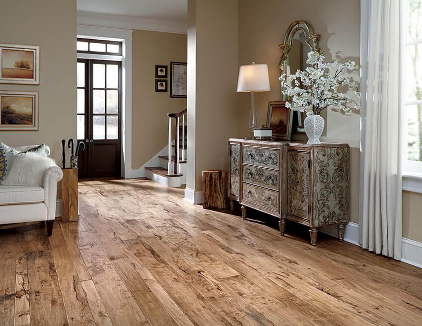 Coles Fine Flooring | Hardwood versus Laminate Flooring